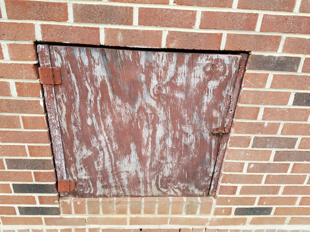 Galaxy S7 edge door on brick
