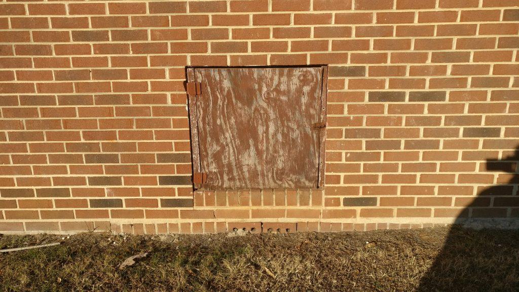 OnePlus 3 house door
