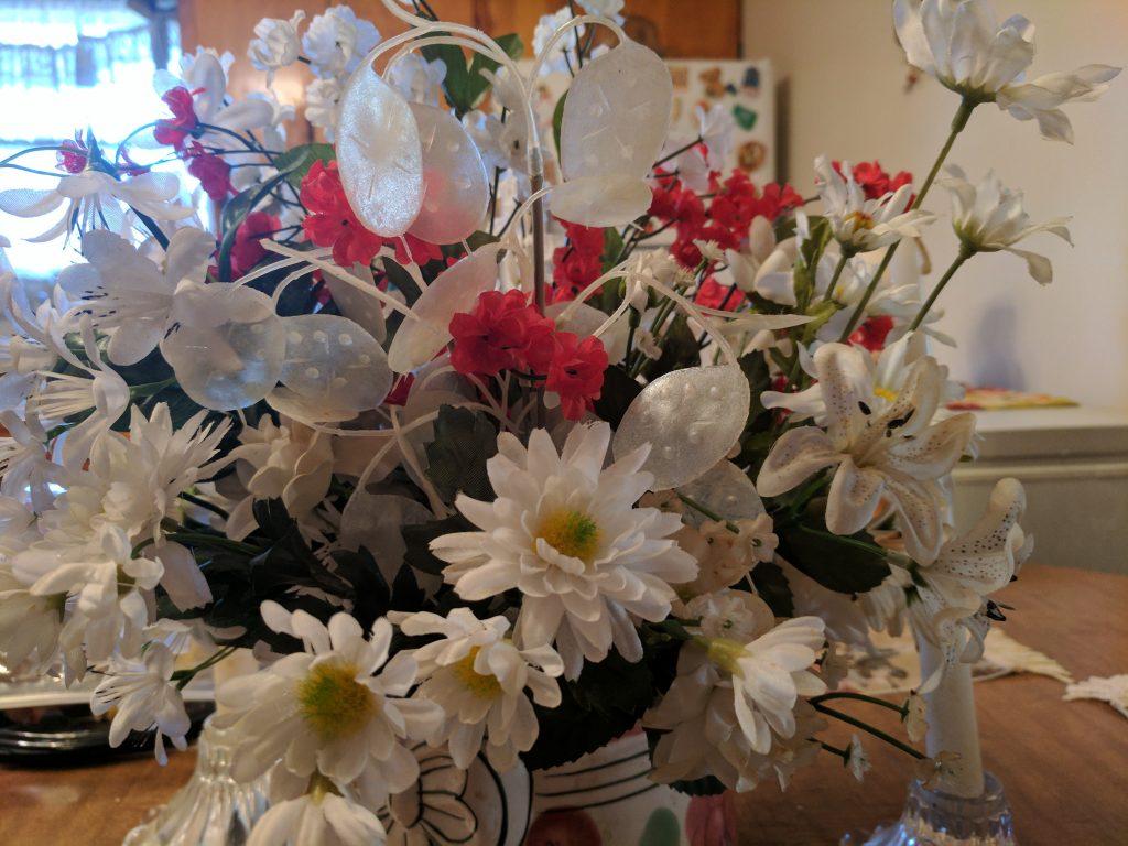 Google Pixel XL flower bouquet