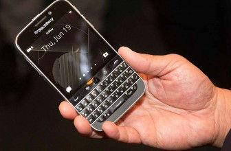 BlackBerry unveils 'Classic' smartphone