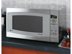 GE Profile Series 2.2 Countertop Microwave Review — Is it Worth the Buy?