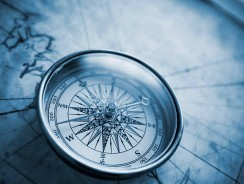 Best Compass Apps for iOS