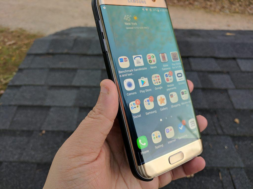 Galaxy S7 edge left side
