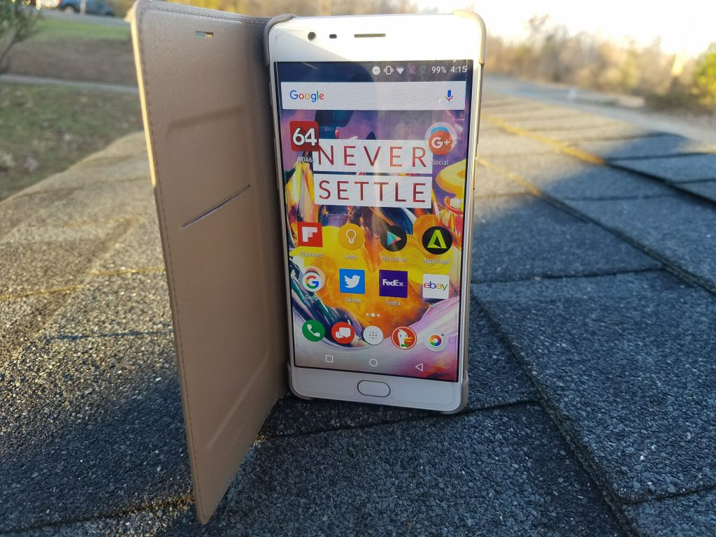 OnePlus 3 phone stands up