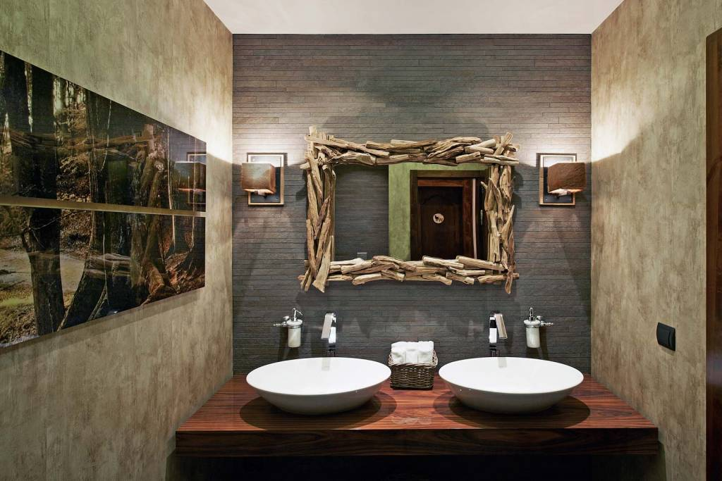 restaurant-bathroom-design