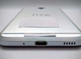HTC Bolt leaks without 3.5mm headphone jack